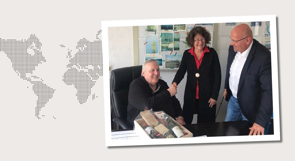 2. Germany Marion Pulverich and Thomas Reinhardt paid a visit to MDM Schweisstechnik GmbH in Marl on May 23, 2019 to send off Hermann Kotziers who went into well-earned retirement after 54 years of service.